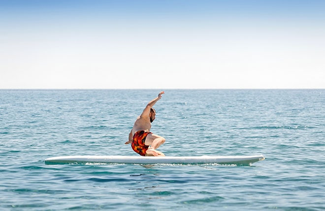 サーフィンは初めからはうまくいきません!